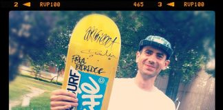 JB Gillet avec le deck Cliché HawaiiSurf collab