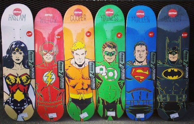 Collab Almost Skateboard avec DC Comics chez HawaiiSurf