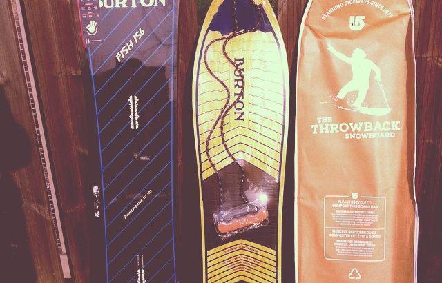 Planche de snow Fish et Throwback de Burton Snowboard 2015